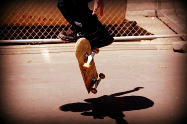 skater trick kickflip